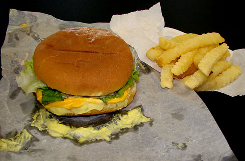 Lee's Drive In Cheeseburger Deluxe