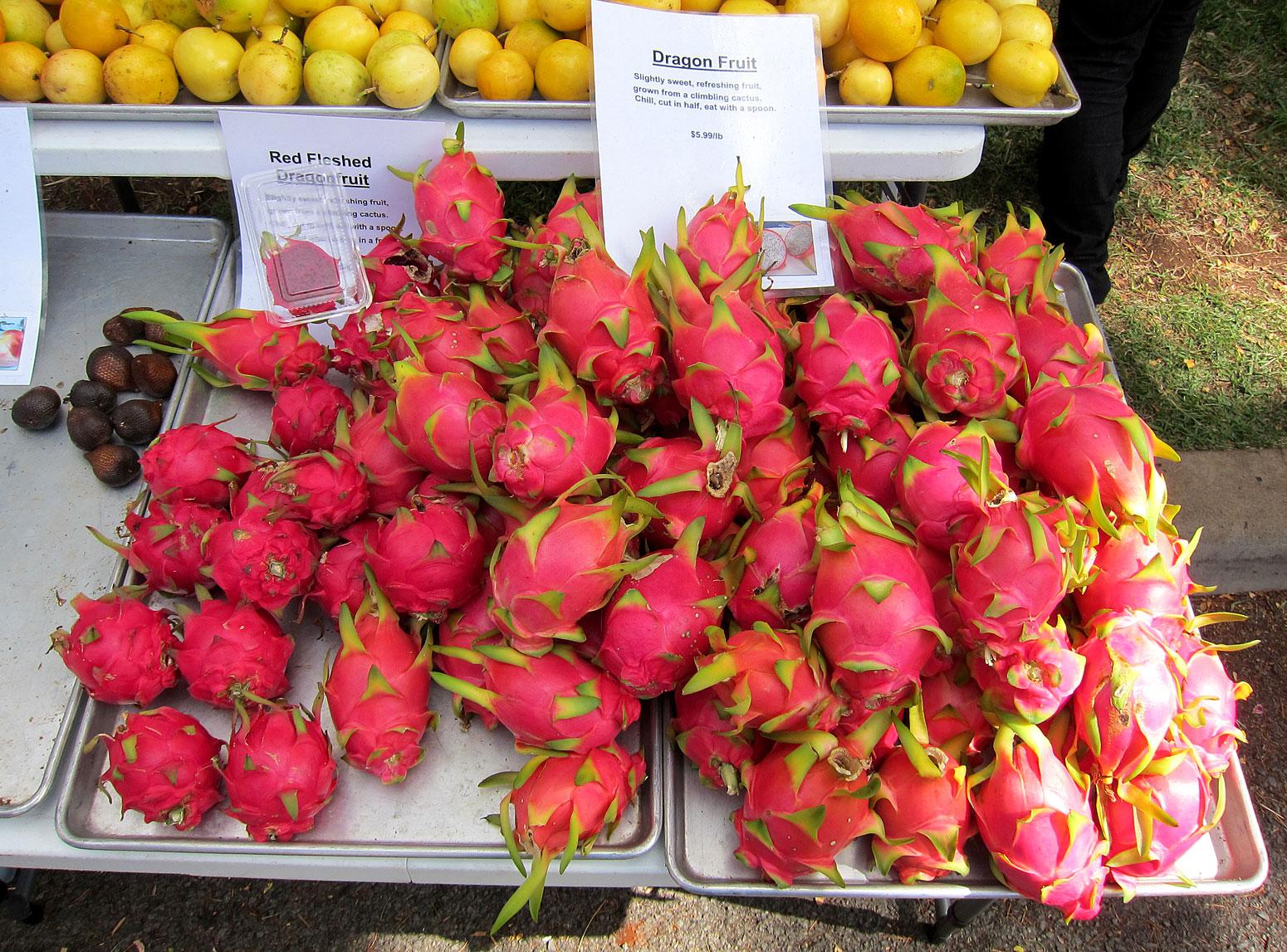 dragon eye fruit mamey fruit