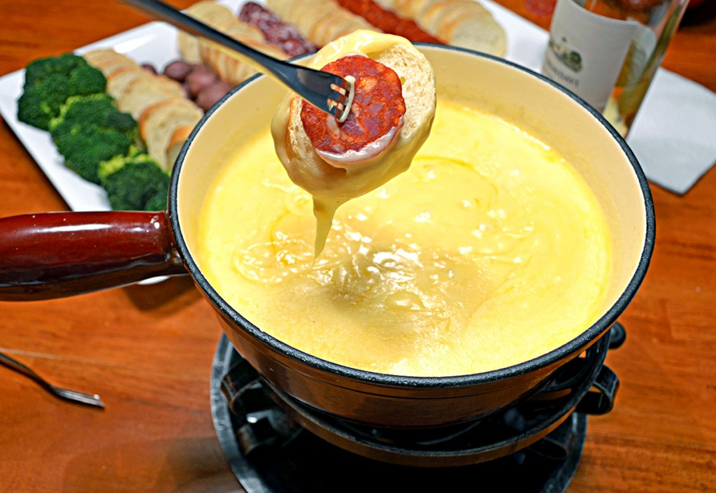 Swiss & Cheddar Cheese Fondue. Image courtesy of Host the Toast