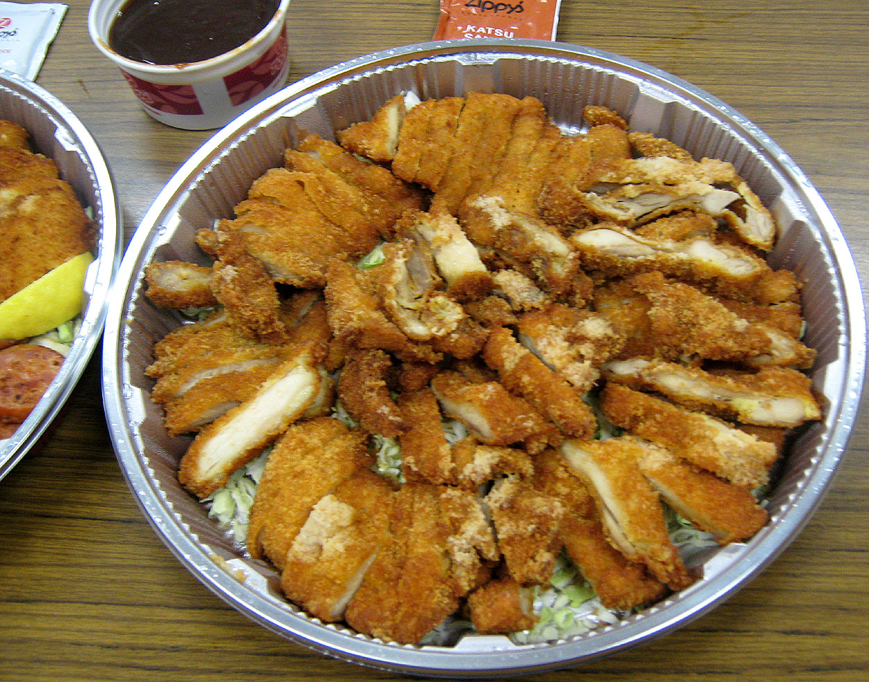 "Pomai's ""mo' bettah 'den da' imu"" oven-roasted Kalua Pig ..."