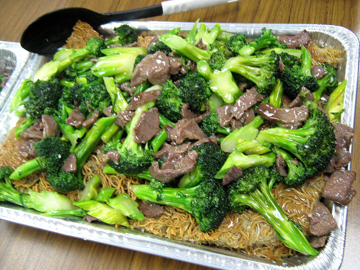 Zippy's Local Favorites Party Platter (Teriyaki Beef, Hoki, Chicken ...