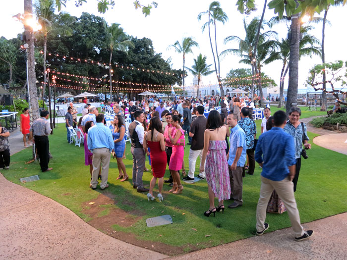 Emceeing In A Hawaiian Party Just B Cause